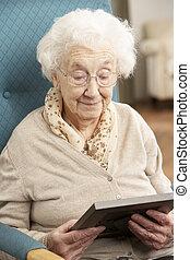фотография, женщина, рамка, грустный, ищу, старшая