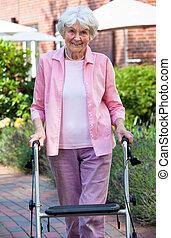 ходок, с помощью, леди, сад, пожилой
