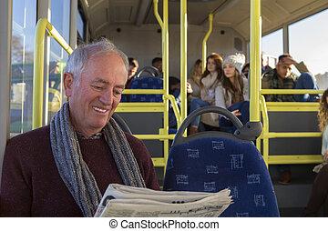 человек, автобус, старшая