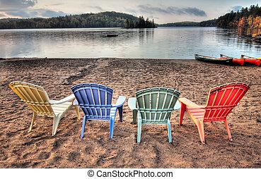 4, chairs, над, озеро, ищу, внутренний дворик