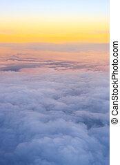 clouds, выше, посмотреть
