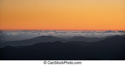 colourful, clouds, закат солнца, цвет, mountains., оранжевый, выше