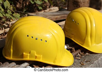 helmets, за работой