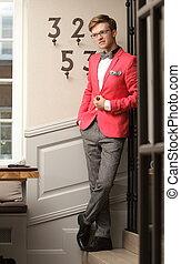 indoor, молодой, posing, стильный, красивый, человек