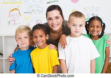 kids, учитель