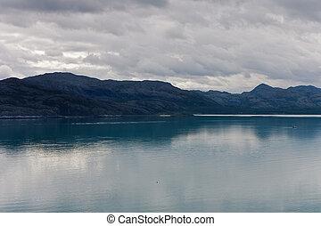 mountains, fjords, пасмурная погода, посмотреть