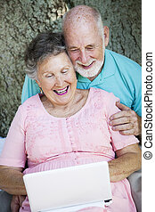 netbook, seniors, соединять