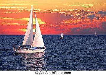 sailboats, закат солнца