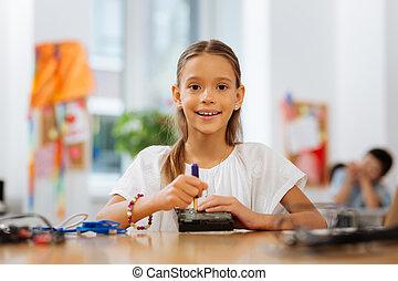 studying, молодой, симпатичная, устройство, новый, леди