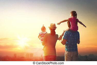 sunset., счастливый, семья