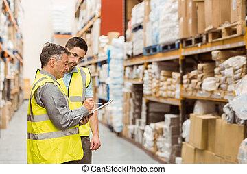 talking, работа, workers, вместе, склад